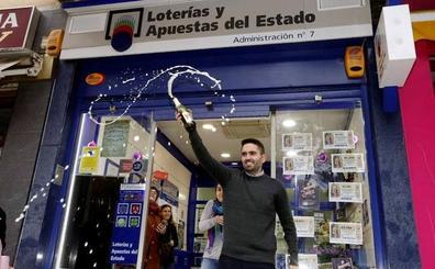 El segundo premio sonríe a Almansa con el número 21015