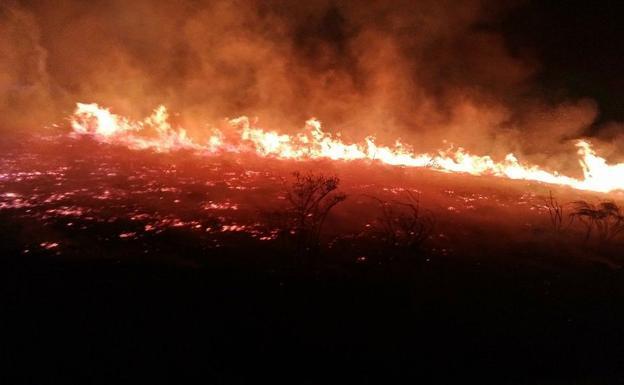 Noche de fuego en La Cabrera