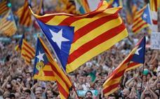 El constitucionalismo convoca una gran manifestación en Barcelona para el domingo contra la DUI