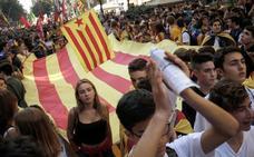 Los Mossos blindan la sede del PDeCAT en Barcelona ante las protestas