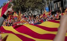 Cientos de miles de catalanes claman contra la independencia en Barcelona