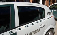 La Guardia Civil detiene a un varón por estancia irregular en España