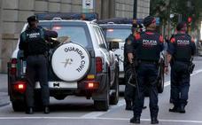 La Guardia Civil irrumpe en los archivos de los Mossos para reclamar los atestados del 1-O