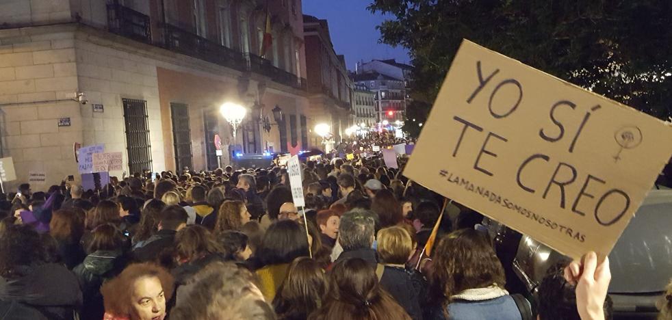 «Yo si te creo», Madrid grita contra la «justicia patriarcal» en apoyo a la víctima de 'La manada'