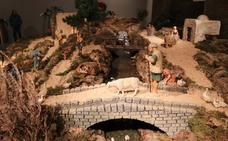 Más de 110 figuras y una fortaleza en el Belén de Cajacírculo