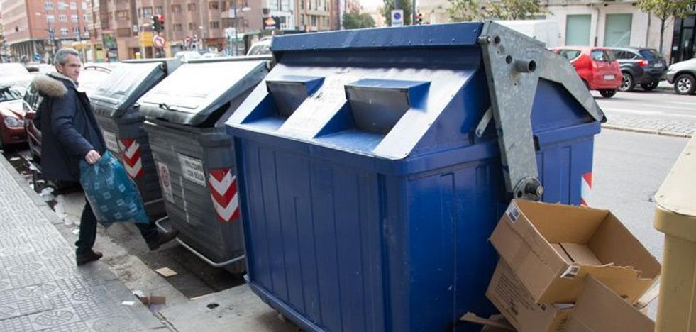 El Ayuntamiento trabajará para sacar un nuevo contrato de basuras para 2019