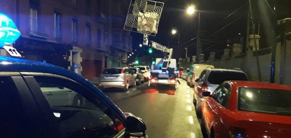 El fuerte viento obliga a los bomberos a realizar dos intervenciones en Valladolid