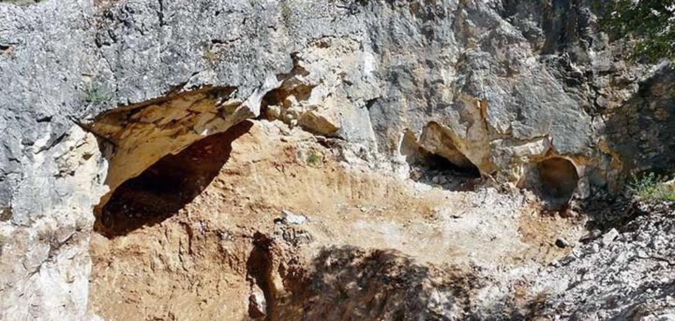 Patrimonio licita por casi 300.000 euros la cubierta de la Cueva Fantasma