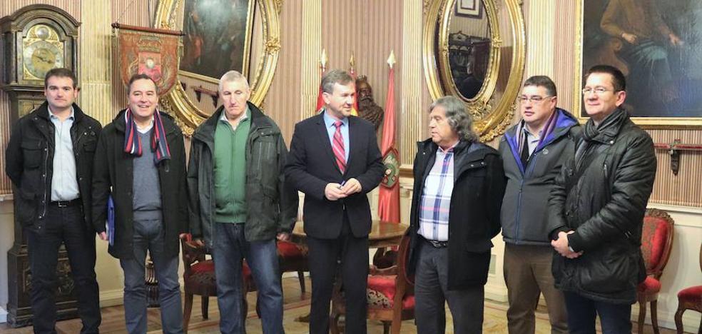 Las peñas, «preocupadas» por el futuro de los Sampedros si se prorroga el presupuesto