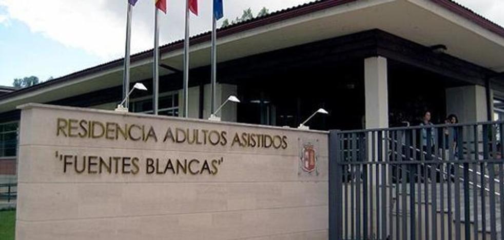 Rico «confía» en que la Junta acepte asumir las residencias o incrementar la financiación local