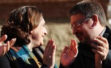 Colau no apoyará a Arrimadas ni al bloque independentista e Iglesias apela a los indecisos