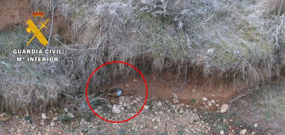 La Guardia Civil destruye una granada de mortero localizada en el Alfoz de Burgos