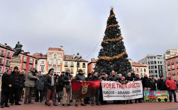 En Burgos la concentración ha tenido lugar en la Plaza Mayor