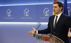 Rivera achaca al «hundimiento del bipartidismo» y a la «maldita ley electoral» la imposibilidad de formar gobierno en Cataluña