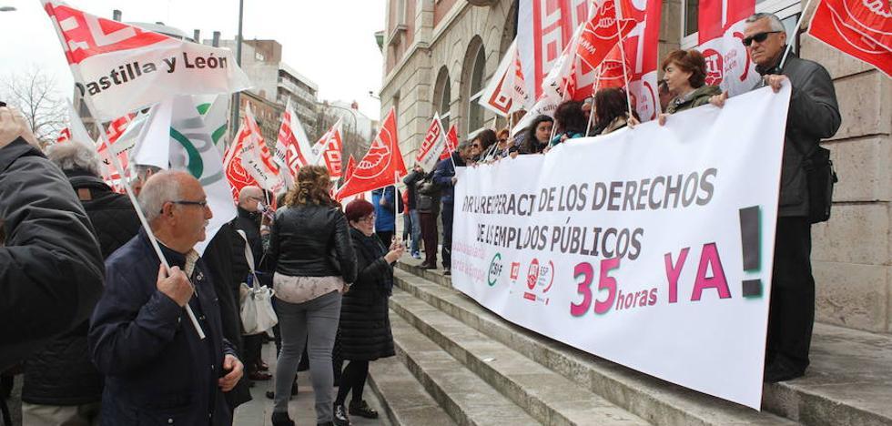 Castilla y León pierde 3.404 empleados públicos en un año