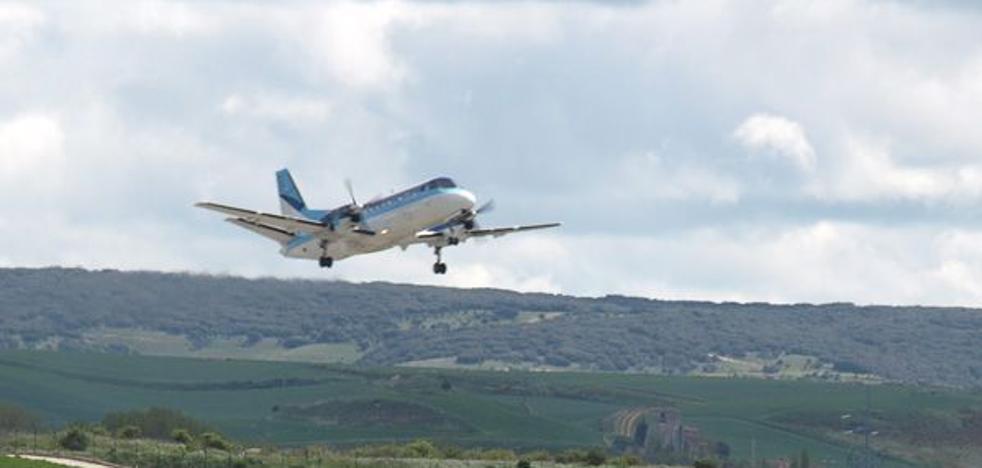 Apenas 5.399 pasajeros volaron desde Villafría en 2017