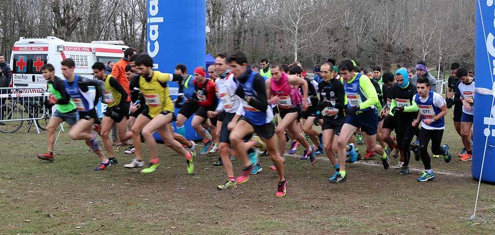 El frío no detiene a los corredores del 'Félix Hernando'