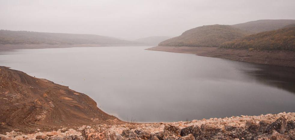 Las últimas lluvias no reflejan grandes cambios en los embalses de la provincia