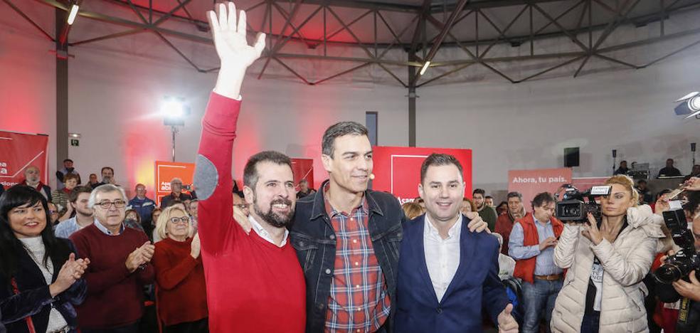 Pedro Sánchez garantiza que solo el PSOE ofrecerá un futuro digno a los pensionistas