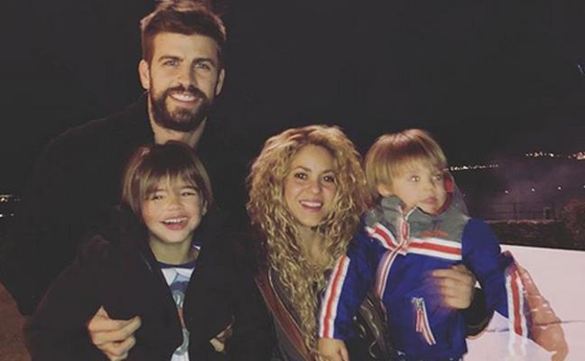 Shakira y Gerard Piqué estrenan posado
