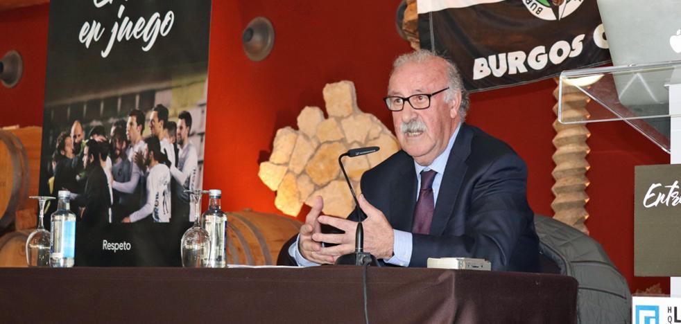 Alegato de Del Bosque por Villar, llevar muchos años en la RFEF «es algo considerado horroroso»