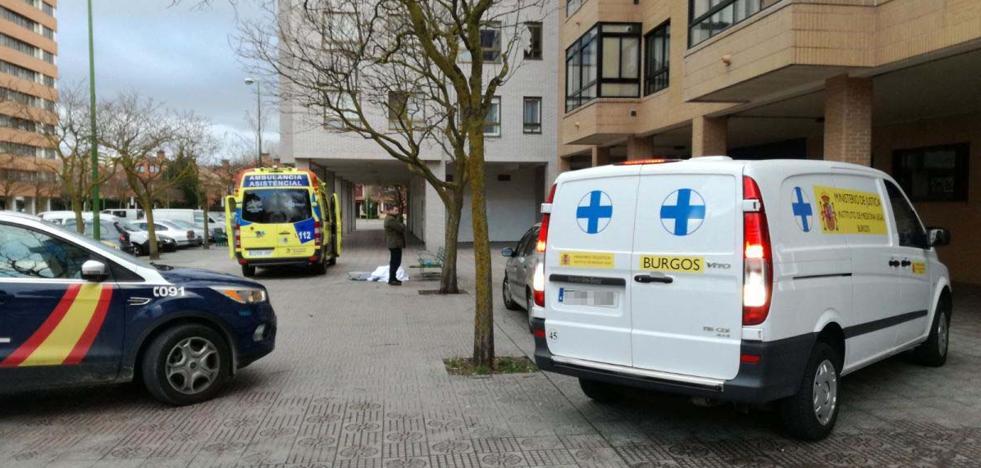 Fallece por causas naturales en plena calle Marqués de Berlanga