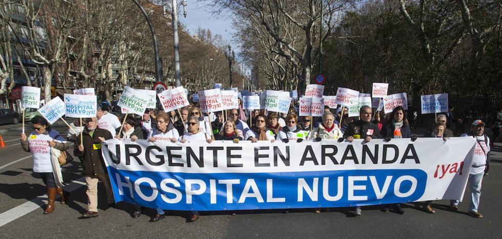 Miles de ciudadanos exigen una Sanidad «pública y de calidad» en Castilla y León