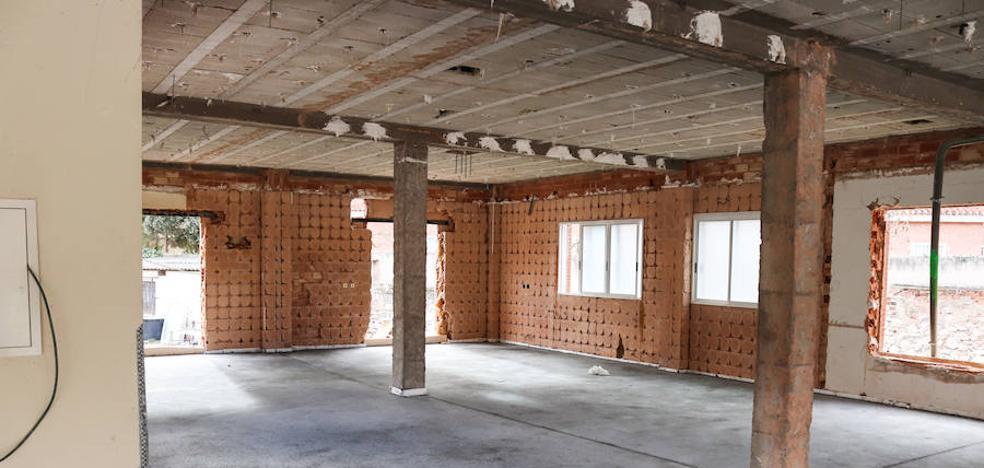 Los ladrillos de Párkinson suman más de 11.000 euros para el centro multiservicios del Militar
