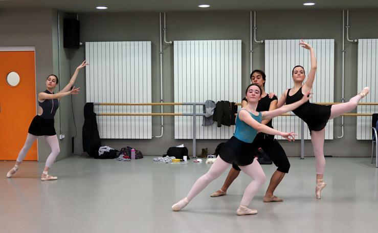 Así imparten las clases los alumnos de la Escuela Profesional de Danza