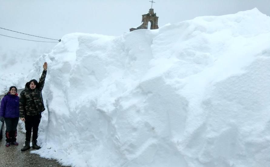 Deja de nevar en Palencia, pero la nieve tardará en marcharse