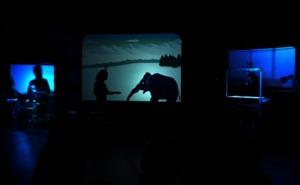Una obra de teatro con sombras físicas y digitales, en el MEH