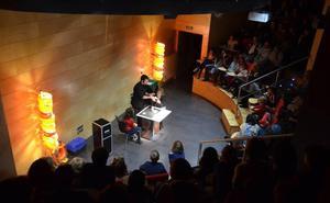 El Foro Solidario se llena de magia de la mano de Miguel Sevilla