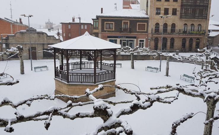 Burgos se queda blanca tras una semana de nieves