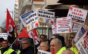 «No somos basura», los trabajadores de Abajas piden mejoras laborales y en la planta