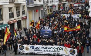 Más de 4.000 personas exigen la igualdad salarial de policías y guardias civiles