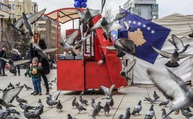 Kosovo celebra el décimo aniversario de su declaración de independencia