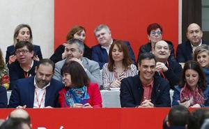 El PSOE aprueba sin oposición las normas que refuerzan la dirección de Sánchez