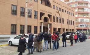 La Policía recupera imágenes de la menor de Aranda en los teléfonos de los exfutbolistas