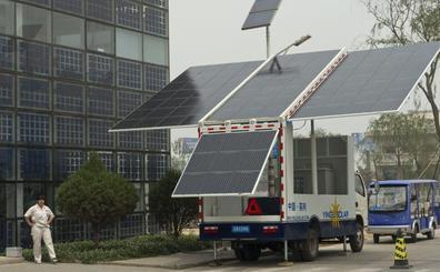 China tendrá en 2022 una superautopista solar con carga automática de coches