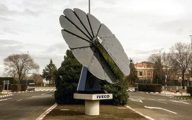 Iveco estrena en Valladolid un generador que simula un girasol