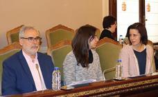 Suárez defiende los servicios sociales de Diputación, aunque requieran una reorganización
