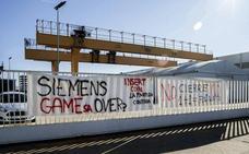 Dirección y trabajadores de Siemenes Gamesa firman las condiciones del expediente de despido
