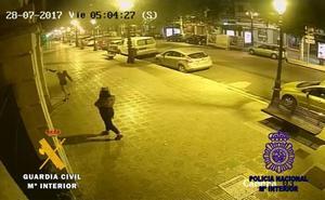 La Guardia Civil detiene a dos personas por daños en la Subdelegación de Gobierno