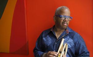 El trompetista Terence Blanchard & E-Collective en la avenida de Cantabria