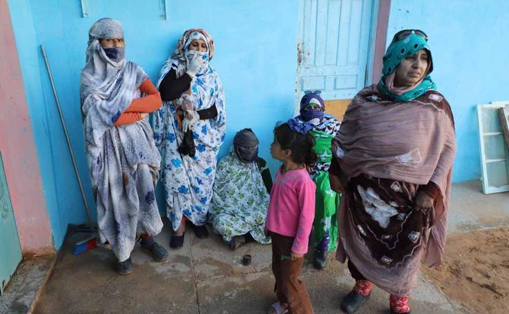 Asociaciones saharauis de Castilla y León visitan los campos de refugiados