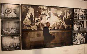 Los secretos del Guernica y su viaje por el mundo, en una exposición