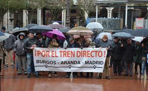 Un sábado más, la reivindicación por la apertura del Tren Directo regresa a la Plaza Mayor