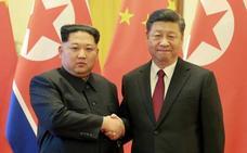 Kim Jong-un se compromete a desnuclearizar la península de Corea en su reunión con Xi Jinping en Pekín