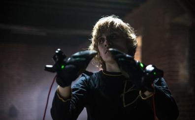 Una empresa española crea unos guantes para 'tocar' el arte