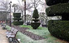 La nieve sigue presente durante el martes